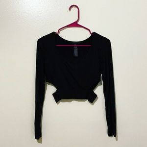 🍒 •F21• Long Sleeve Cut-Out Crop Top